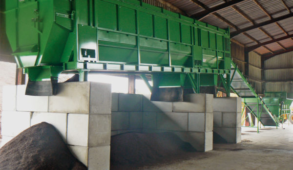 Photo d'une case de stockage installé dans une distillerie