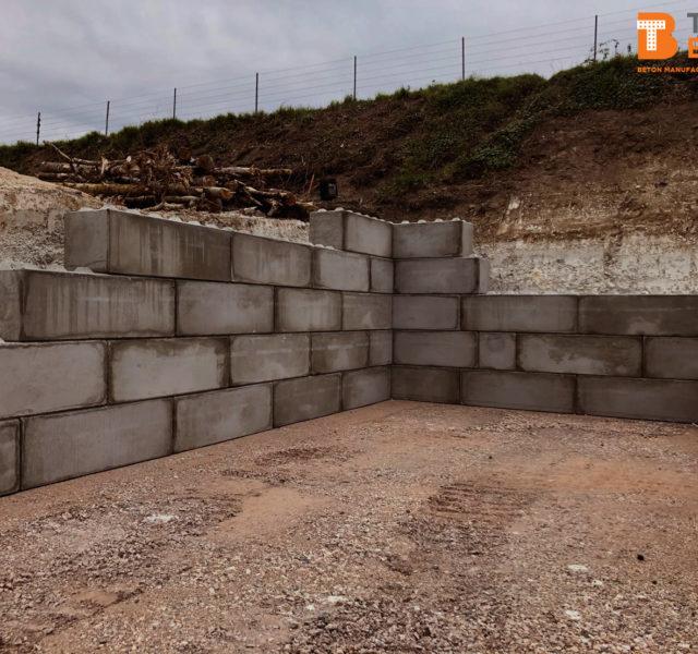 Photo n°3 d'un chantier de 8 cases de stockage chez BTTP