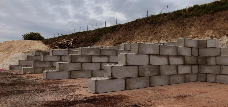 Photo n°4 d'un chantier de 8 cases de stockage chez BTTP