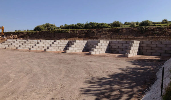 Photo n°5 d'un chantier de 8 cases de stockage chez BTTP