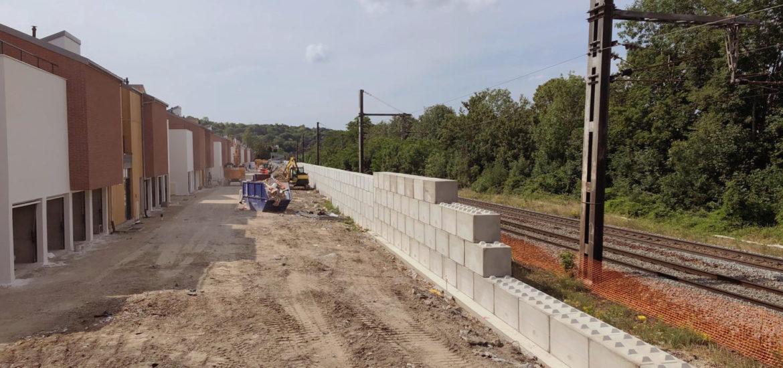 Photo n°4 de la construction d'un mur anti bruit à Chennevière-sur-Marne